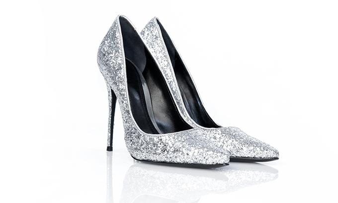 Shutz cipele Praznični glamur na XYZ policama
