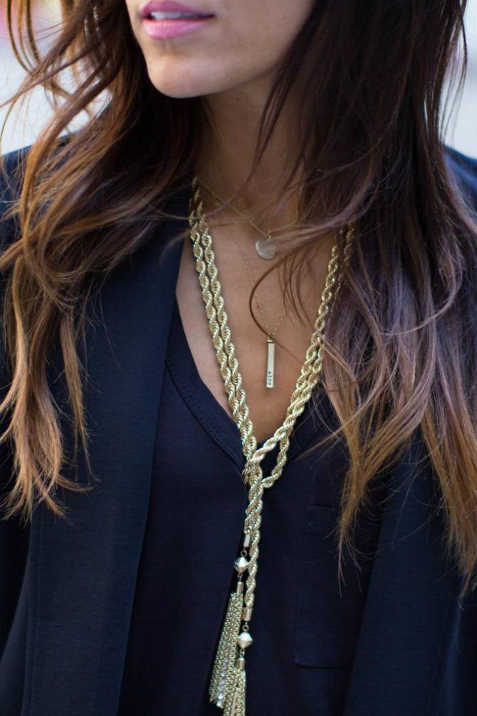 Viseće ogrlice Nakit koji će biti u trendu ove zime