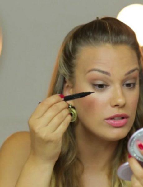 Make-up tutorijal: Kako staviti ajlajner?