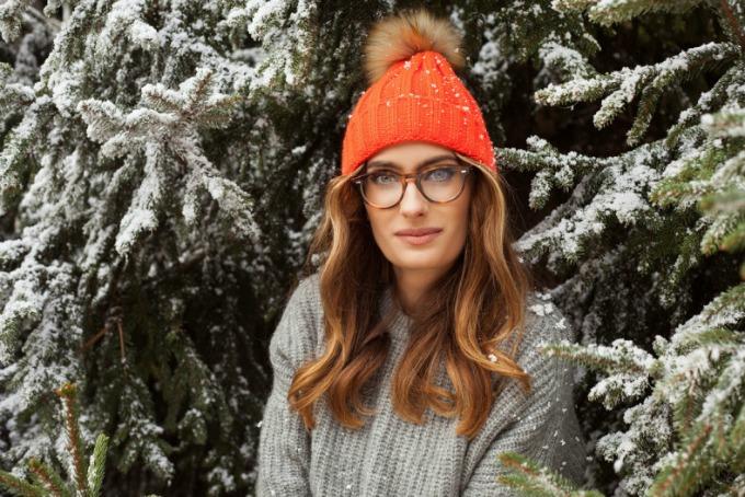 vunene kape sa detaljem od krzna 1 Kape koje ćete obožavati ove zime