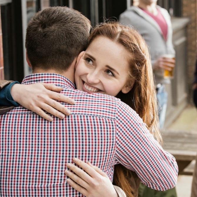 zagrljaj Šta način na koji se grlite govori o vašoj vezi