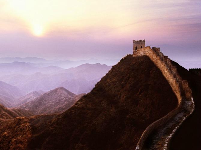 53da7decdcd5888e145b769f great wall of china sunset steve bloom images alamy 12 mesta koja MORATE posetiti pre nego što napunite 30