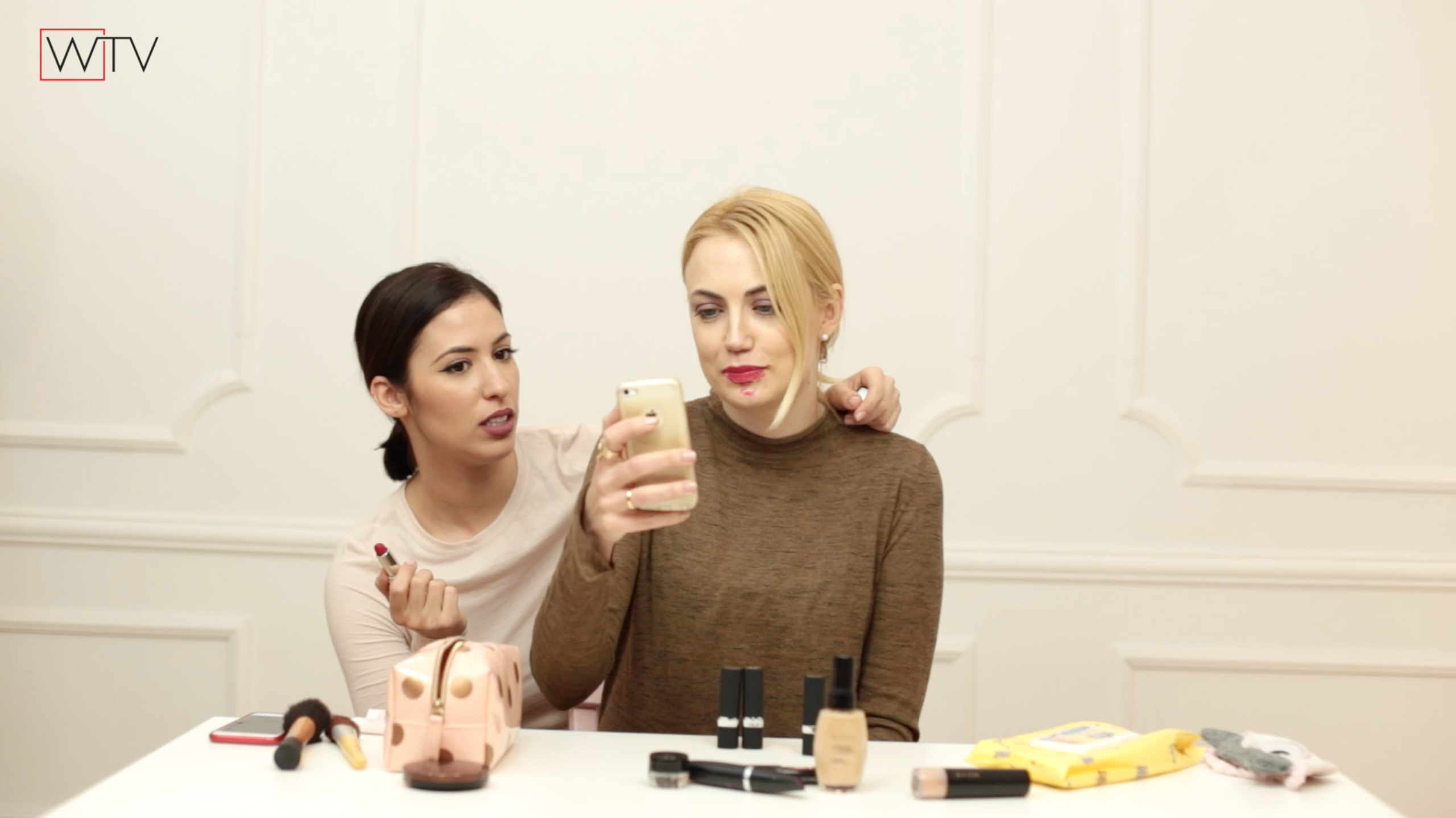 """blogger show 1 Blogger Show: 11. epizoda """"Beauty post & Style Essentials + AVON Giveaway"""