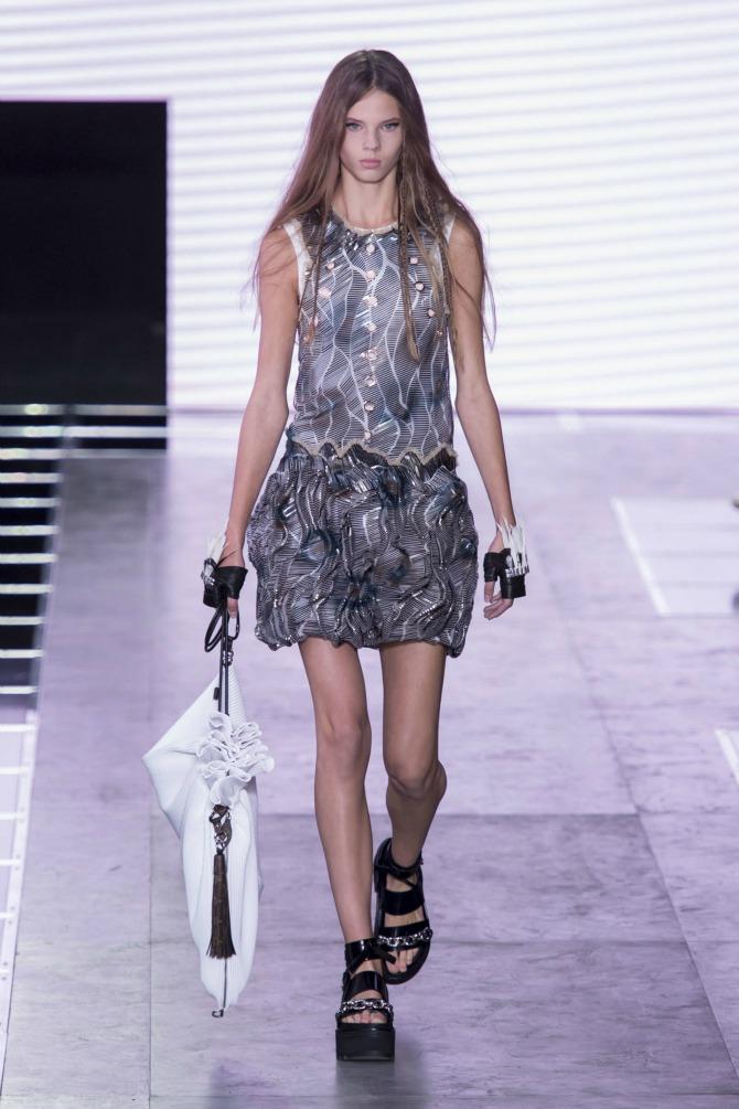hbz ss2016 louis vuitton 46 Nedelja mode u Parizu 2016: Veličanstven početak
