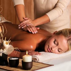 masaža KVIZ: Na koju Kardašijan sestru NAJVIŠE ličiš?