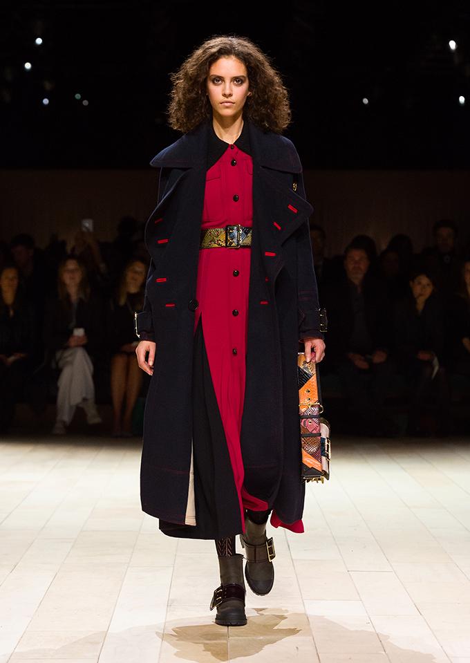 Burberry Womenswear February 2016 Collection Look 28 A Patchwork – nova Burberry kolekcija za žene