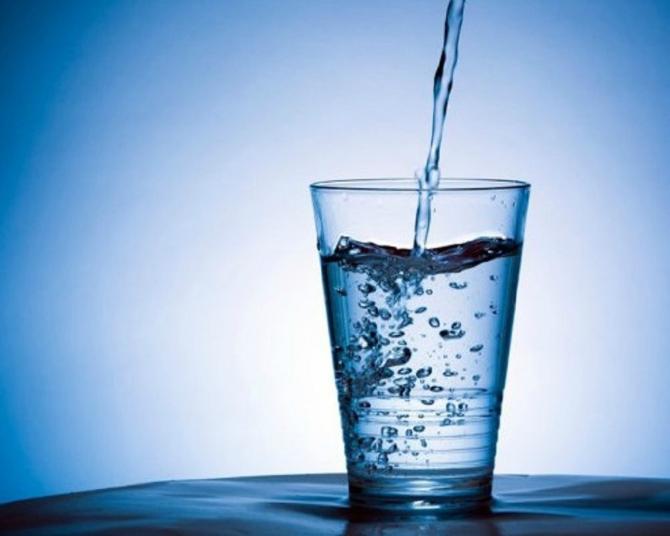 Casa Koje su prednosti ako pijete SAMO vodu 30 dana