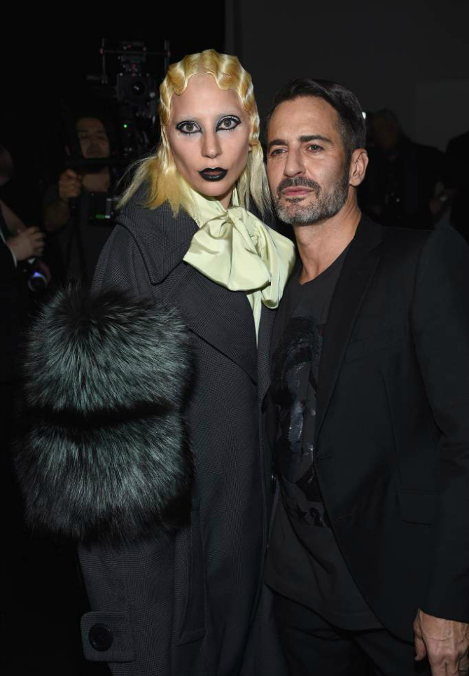 Gaga i Mark Lejdi Gaga u ulozi modela na reviji Marka Džejkobsa (VIDEO)