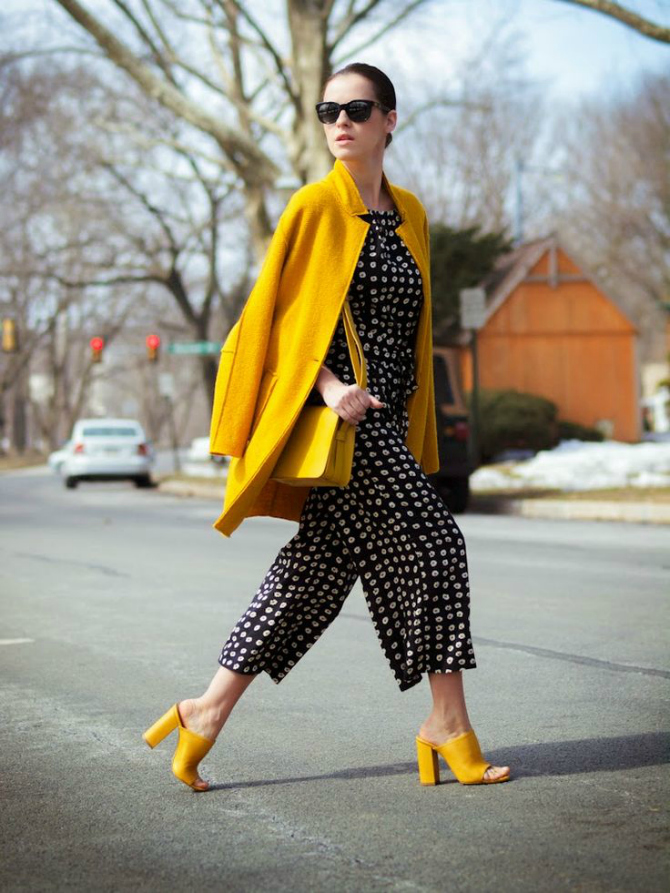 Papuce Imaš aksesoare u žutoj boji? Evo kako da ih nosiš!