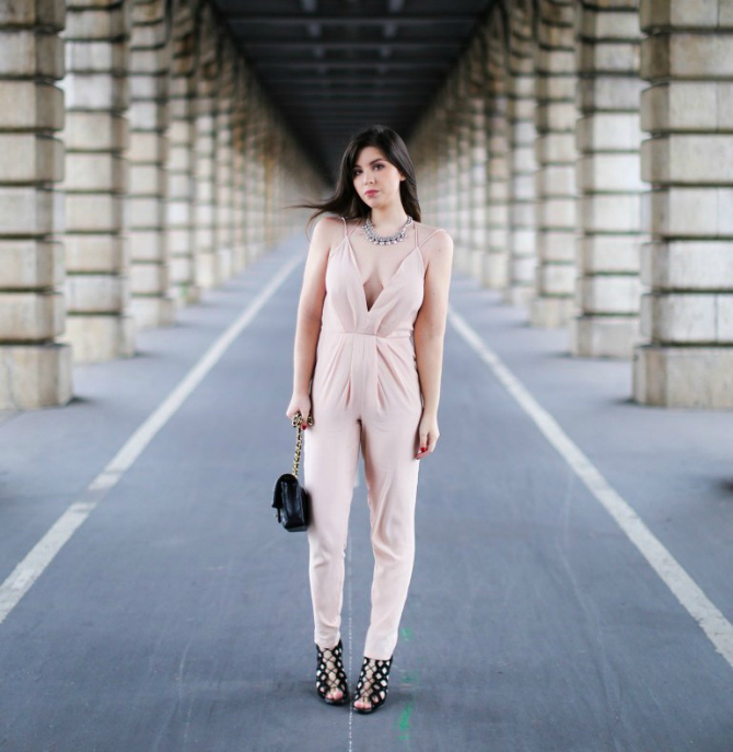 Roze2 Zašto je kombinezon tvoj novi OMILJENI komad odeće?