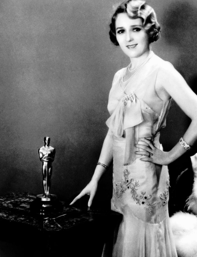 Stara Najlepše haljine dobitnica Oskara kroz vreme (GALERIJA)