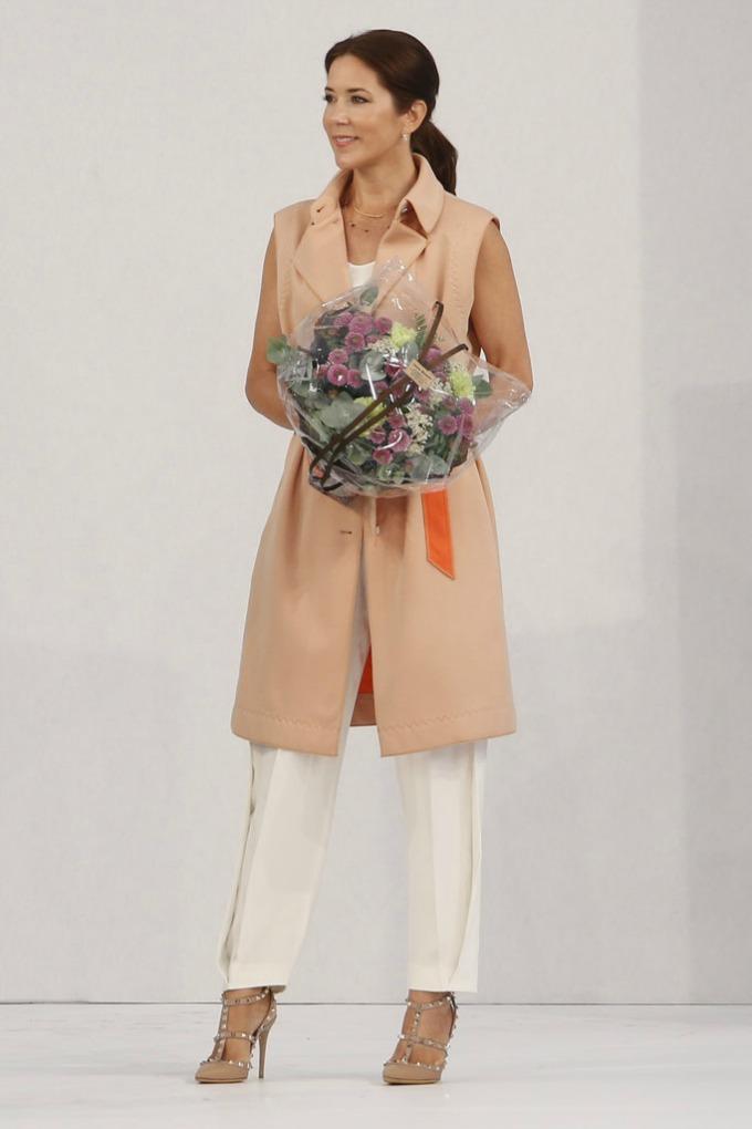 danska princeza meri stil 2 Ova princeza se OBLAČI BOLJE od Kejt Midlton