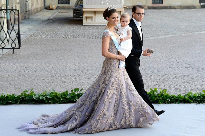 Beba Ova princeza se BOLJE oblači od Kejt Midlton?