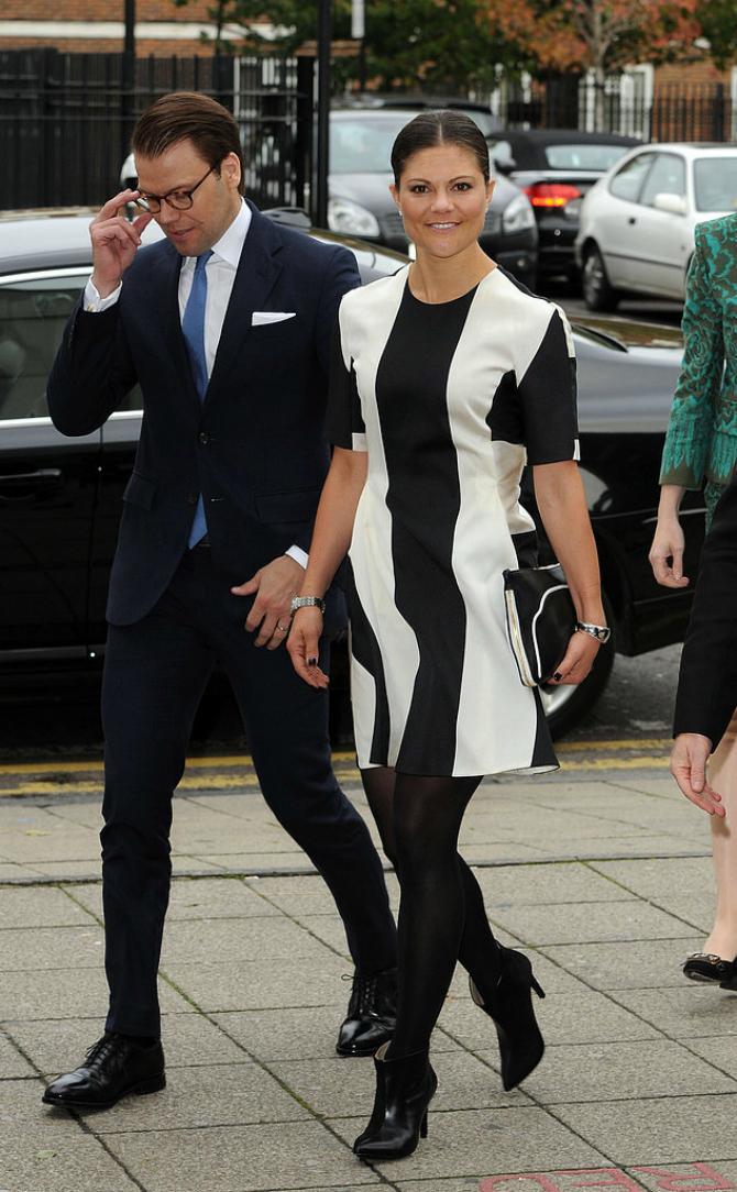 Belocrno Ova princeza se BOLJE oblači od Kejt Midlton?