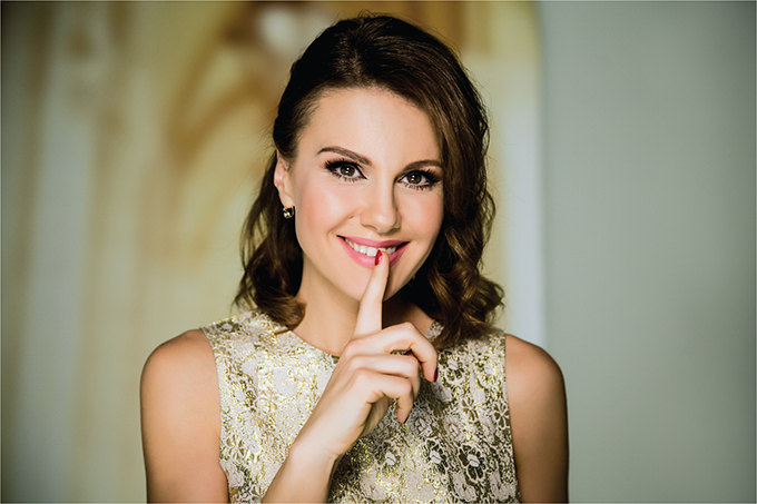 Maja Nikolic 3 Maja Nikolić postala novo zaštitno lice Avon Anew linije