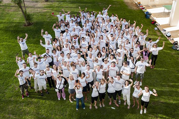 2012 09 15 16.57.39 1 COTRUGLI dodeljuje stipendije za MBA studije