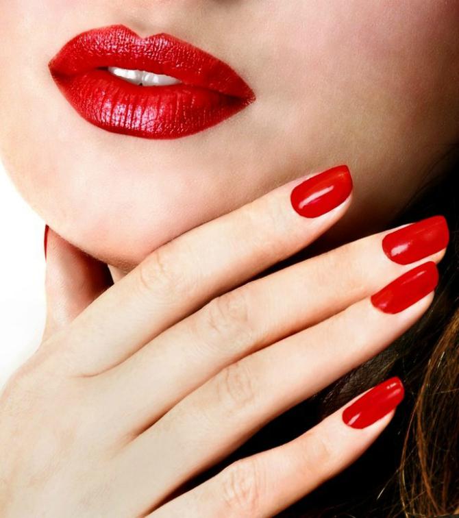 Crveni Trendi boje lakova za nokte koje TREBA da isprobate odmah