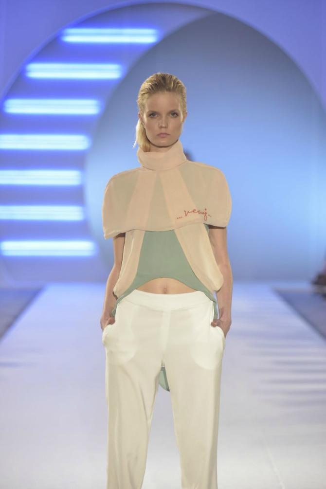 DJT2307 Studentkinje Modnog dizajna na Belgrade Fashion Week u