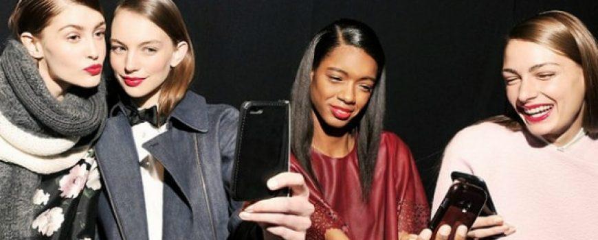 """""""Kraljice"""" selfija OTKRIVAJU kako da budete fotogeničnije"""
