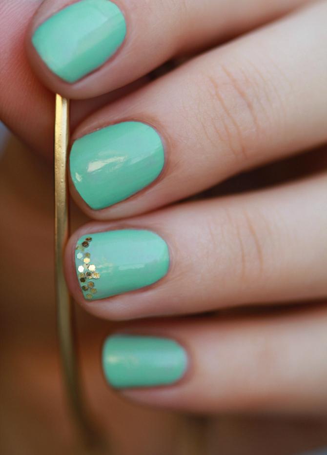 Mint Trendi boje lakova za nokte koje TREBA da isprobate odmah
