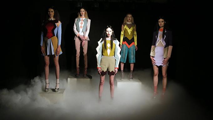Nova kolekcija Ane Ljubinkovic 1 Visoka moda i manikir INSPIRISANI pirotskim ćilimima