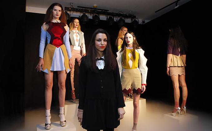 Nova kolekcija Ane Ljubinkovic 2 Visoka moda i manikir INSPIRISANI pirotskim ćilimima