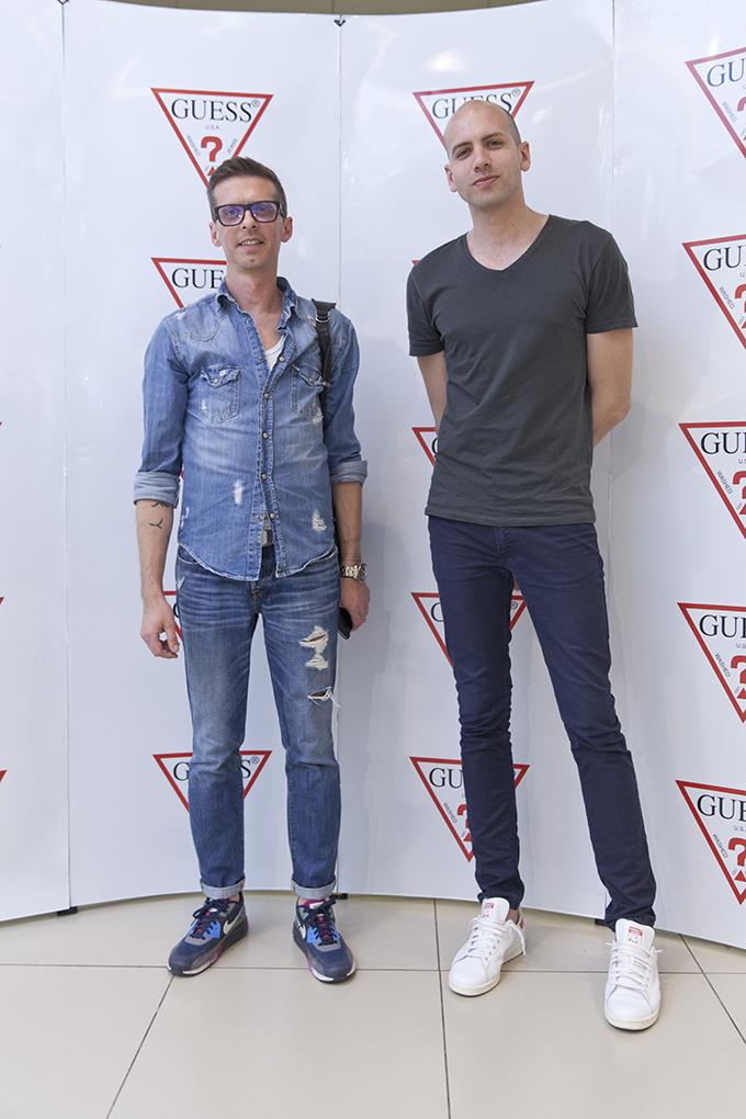 Petar Janosevic sa prijateljem Zvezde podržale novi Guess White Concept