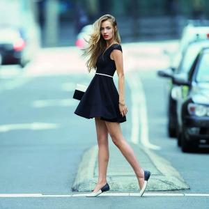 crna haljina Kviz: Koja FRIZURA je za tebe?