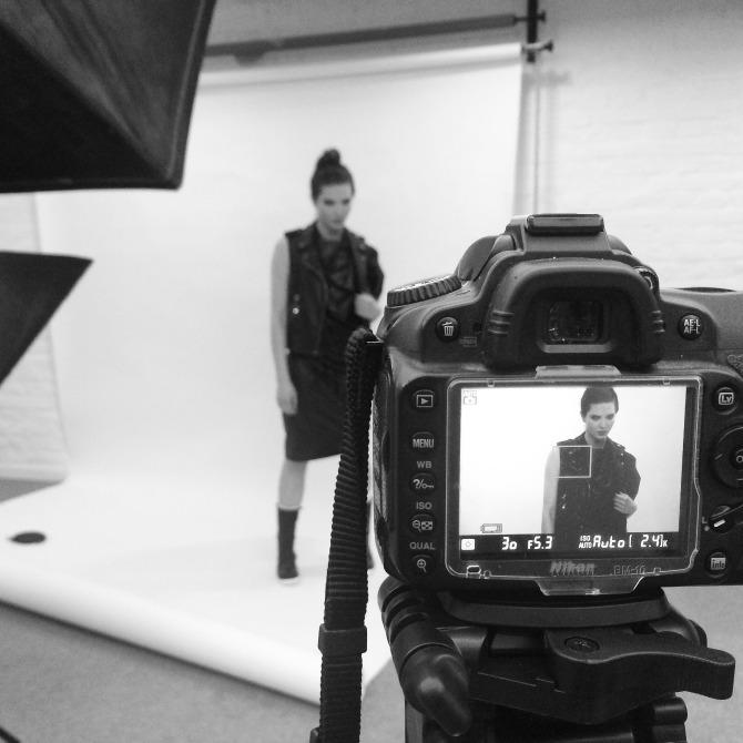 snimanje za elle Intervju: Danijela Mitrović, studentkinja modnog i grafičkog dizajna na Univerzitetu Metropolitan