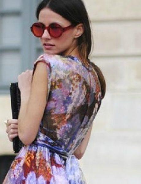 Cvetna haljina i crni aksesoari su PRAVI izbor za tebe!