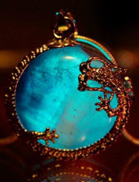 Da li biste nosile nakit koji SVETLI u mraku?