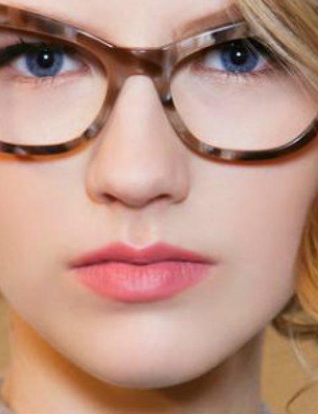 Makeup TRIKOVI za devojke koje nose naočare