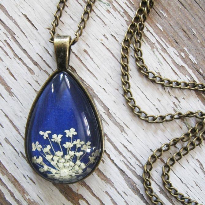 Zadivljujući nakit od sušenog cveća3 Zadivljujući nakit od sušenog cveća (GALERIJA)