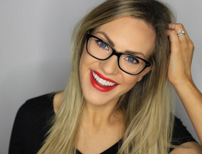 naocare 4 Makeup TRIKOVI za devojke koje nose naočare