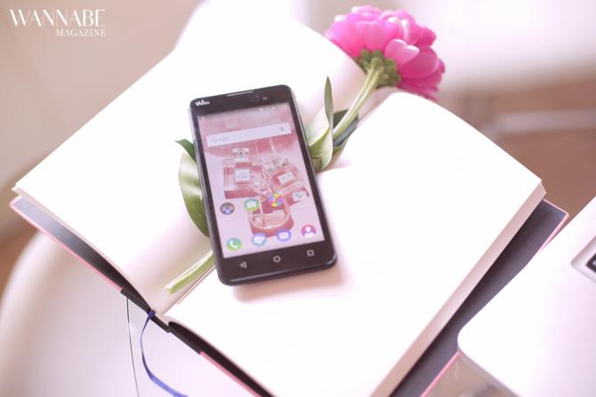 wiko 2 Pristupačan gedžet za svaku POSLOVNU damu   smartfon Wiko