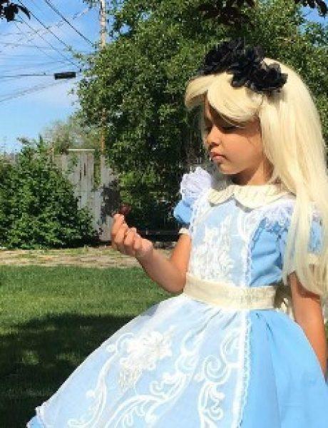 Tata koji je ZADIVIO Instagram pravljenjem Dizni kostima za svoju decu