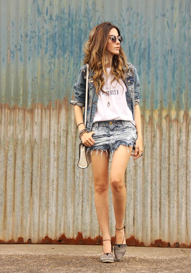 denim suknja 5 super chic načina da kombinuješ teksas jaknu sa suknjama
