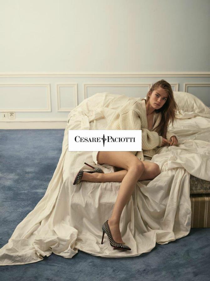 SHOT05 0313 CMYK Mathilde Brandi u jesenjoj kampanji: Novi imidž brenda Cesare Paciotti