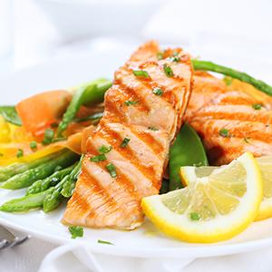 bigstock grilled salmon with asparagus 29994770web Na koji moćan par ličite ti i tvoj/a dečko/devojka? + osvoji parfem za nju i njega (KVIZ)