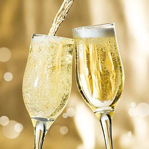 champagne verre Na koji moćan par ličite ti i tvoj/a dečko/devojka? + osvoji parfem za nju i njega (KVIZ)