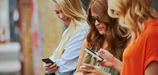 elite daily alia images social media 800x400 10 znakova koji pokazuju da si zavisnik od društvenih mreža