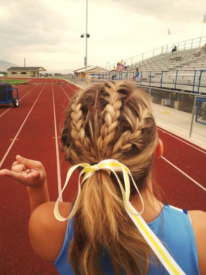 prakticne frizure koje mozete nositi na treningu 6 Praktične frizure koje možete nositi na treningu