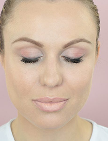 Makeup tutorial: Nude look