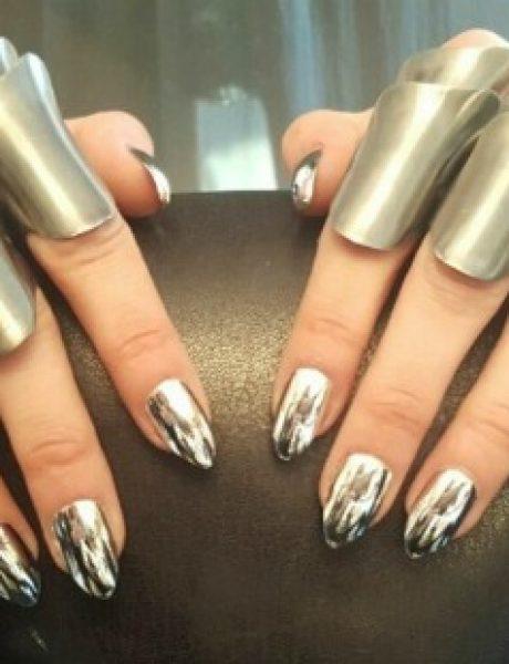 Hromirani nokti: Sjajni trend koji osvaja Instagram