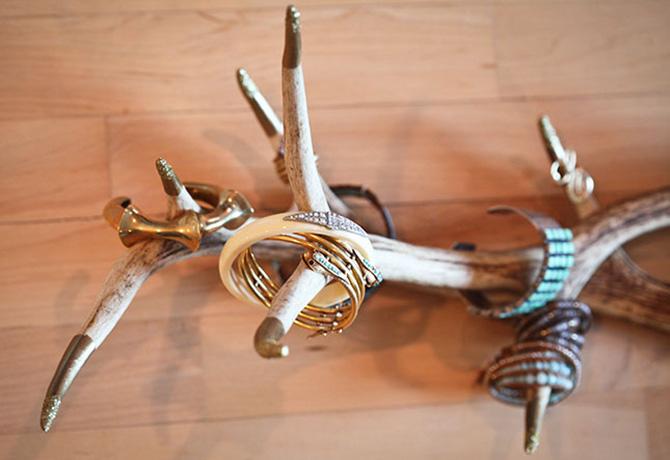 Jewel 2 Antlers Edit Uradi sama: 5 praktičnih ideja da organizuješ svoj nakit