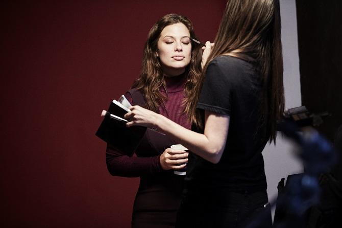 PINK iza scene 4 Ekskluzivni intervju: Ešli Grejem, plus size model i lice nove Lindex kampanje