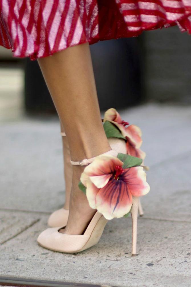 sandale 2 Nedelja mode u Njujorku: Street Style aksesoari koje ćemo obožavati