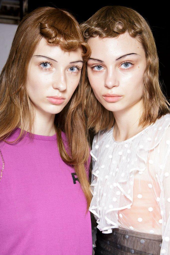 Šik beauty izdanja Nedelje mode u Parizu Šik beauty izdanja Nedelje mode u Parizu