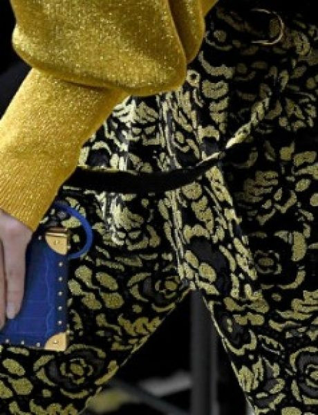 Louis Vuitton svoje čuvene torbe pretvorio u maske za telefon i – sjajne su!