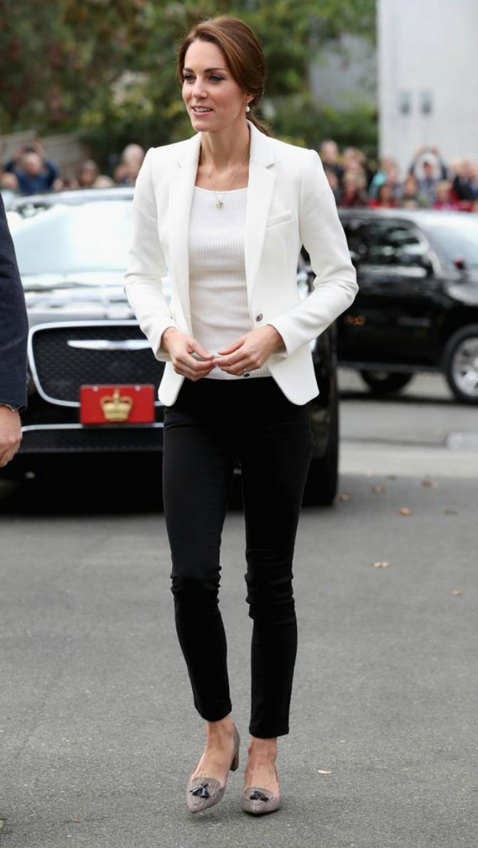 Sva modna izdanja Kejt Midton tokom posete Kanadi2 Sva modna izdanja Kejt Midton tokom posete Kanadi